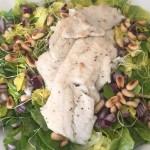 Salade met forelfilet